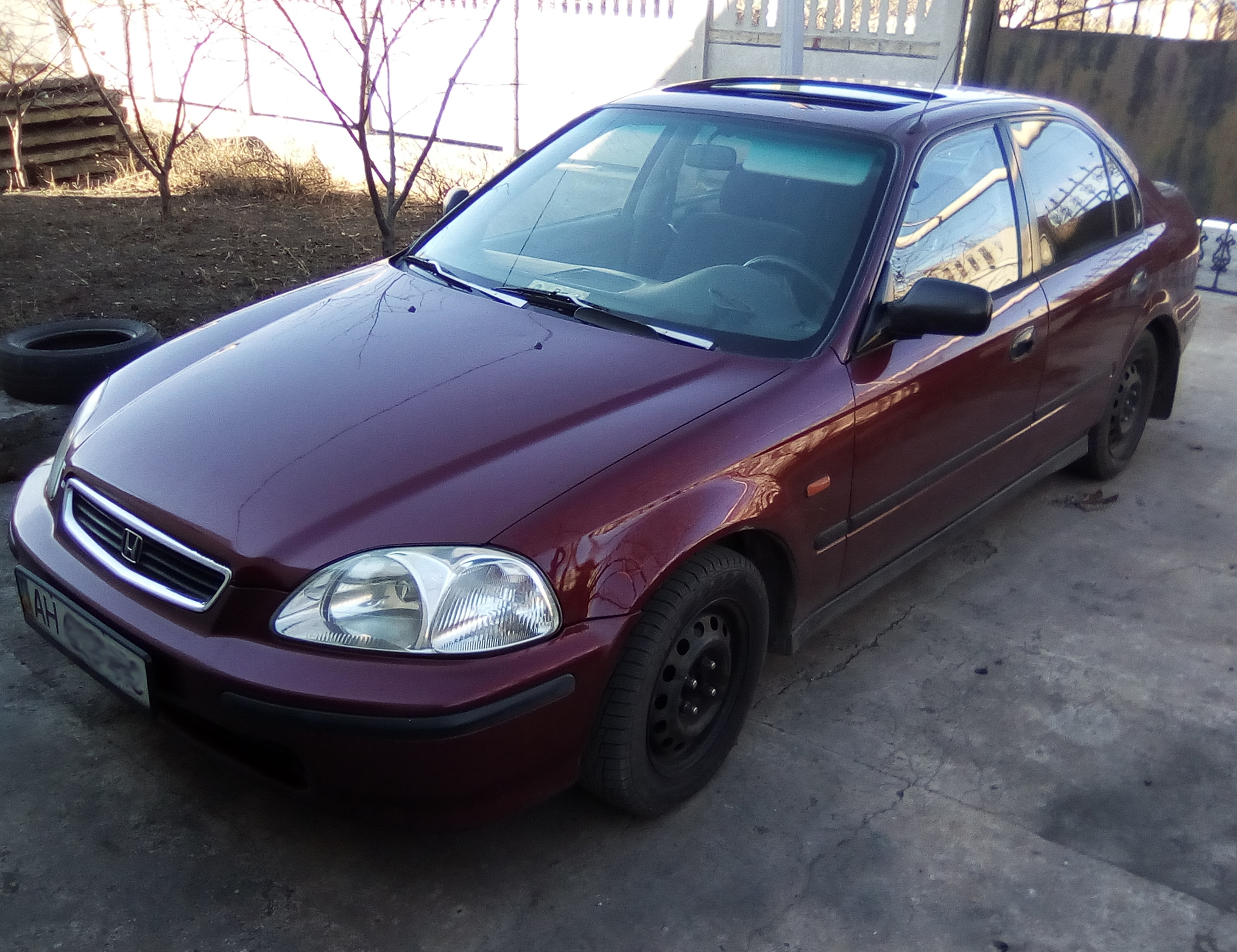 Honda Civic VI Седан 1.5 AT/MT (90 л.с.)