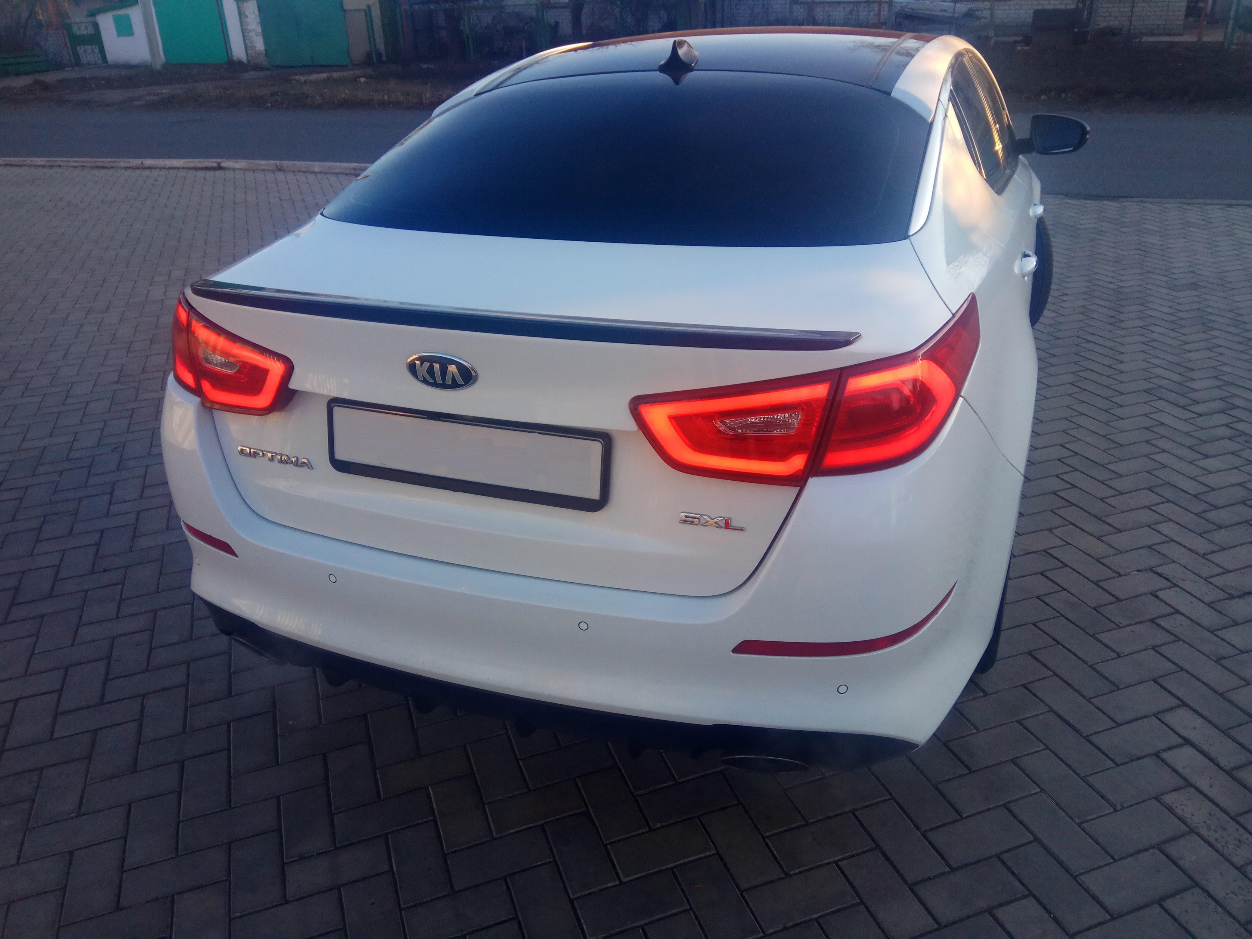 Kia Optima III (K5) 2.0 AT (274 л.с.)
