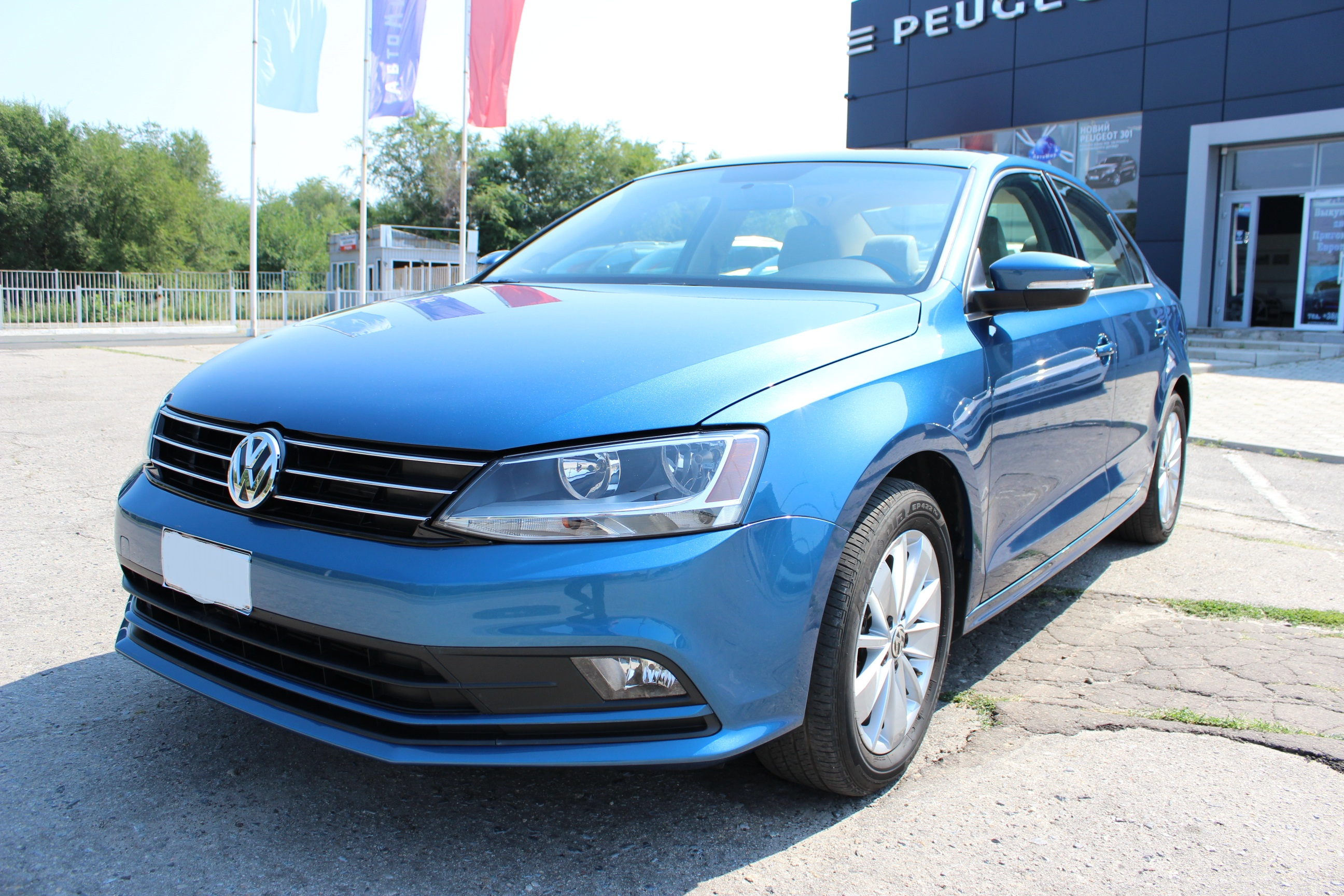 Volkswagen Jetta VI 1.4 AT (150 л.с.)