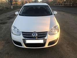 Volkswagen Jetta V 2.5 AT (170 л.с.)