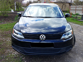 Volkswagen Jetta VI 2.0 AT/MT (200 л.с.)