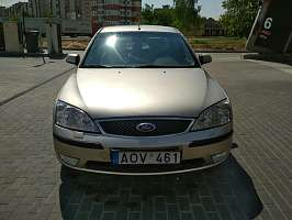 Ford Mondeo I Седан 2.0 MT (136 л.с.)