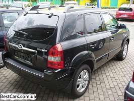 Hyundai Tucson I 2.0d AT (112 л.с.) 4WD