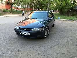 Opel Vectra B Седан 2.5 AT/MT (170 л.с.)