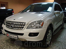Mercedes-Benz M-klasse II (W164) 3.5 AT (272 л.с.) 4WD 350
