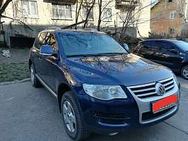 Volkswagen Touareg I 2.5d AT (163 л.с.) 4WD